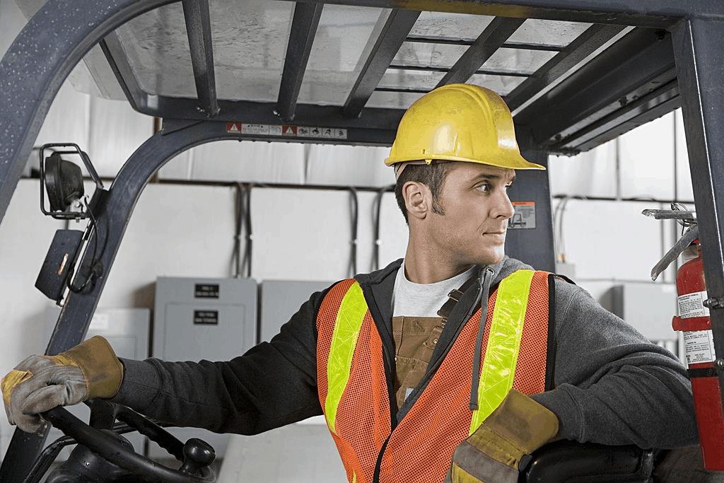 Lift operator training certification classes